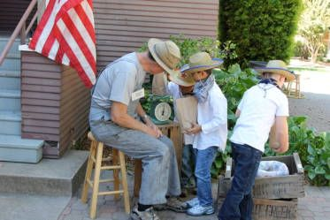 about the volunteers at walnut creek historical society