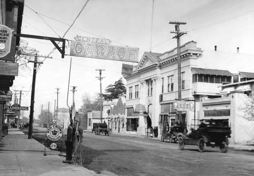 First National Bank in Walnut Creek, Ca